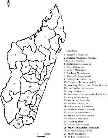 Carte De Madagascar Avec 22 Regions.Memoire Online Les Partis Gouvernementaux Et L Espace